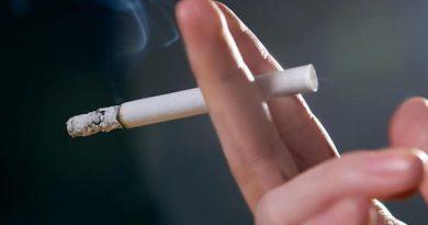 smoking-cigarette-hand