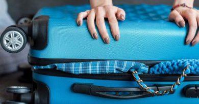 travel-luggage-750x430