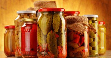Pickled-vegetables-in-jars-728x487
