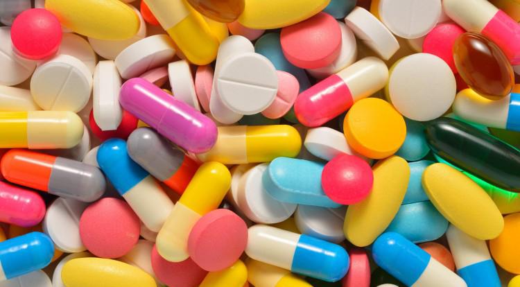 Drugs-Pills-750x420