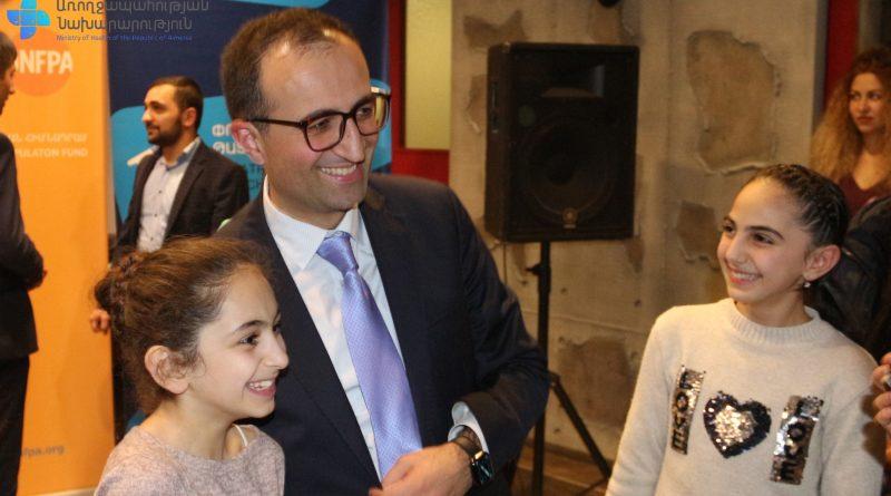 Արսեն Թորոսյանը պատասխանել է դպրոցականների հարցերին