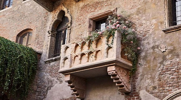 Rome-and-Juliet-Airbnb-1170x779