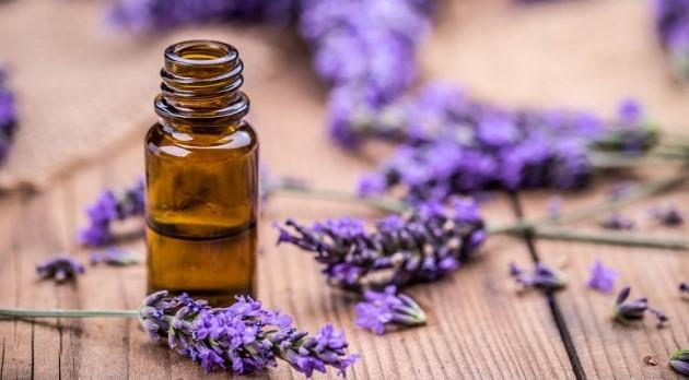 lavender_aromatherapy_istock_585048326_2400.thumb