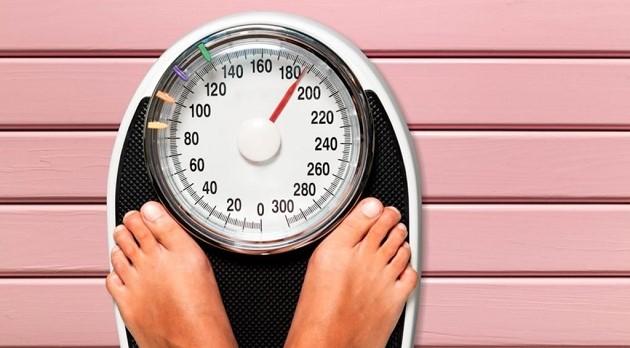 5 տարածված սովորություն, որոնք հանգեցնում են քաշի ավելացման