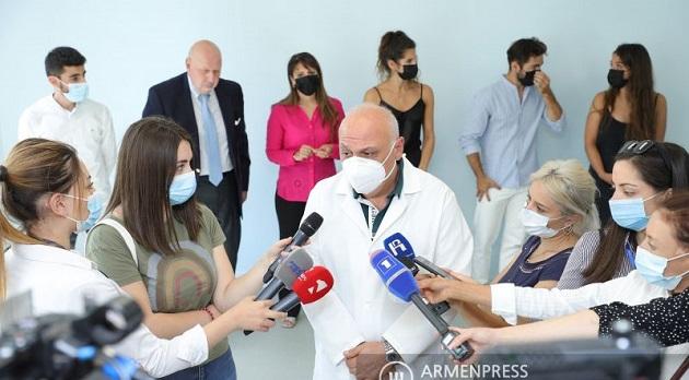 (Armenia) Կենտրոնական կլինիկական հոսպիտալում բացվեց նորոգված ու կահավորված վերականգնողական բաժանմունքը
